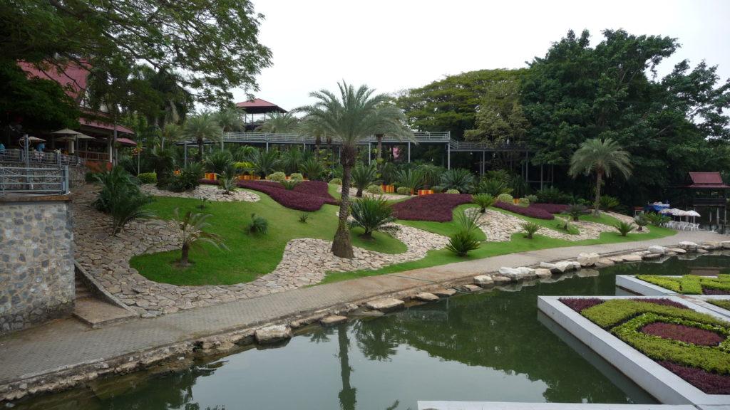Nong Nooch tropical garden & cultural village